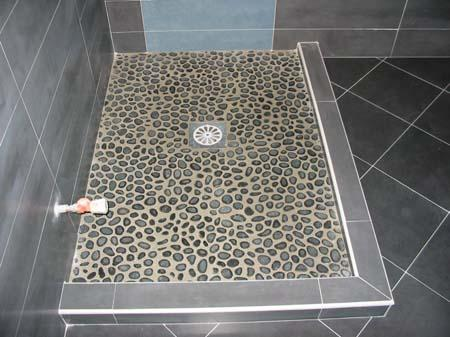 Carrelage douche grand format top carrelage grand format for Ikea bac a douche