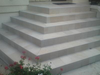Carrelage Pour Escalier Extrieur Finest Pierre Pour Escalier