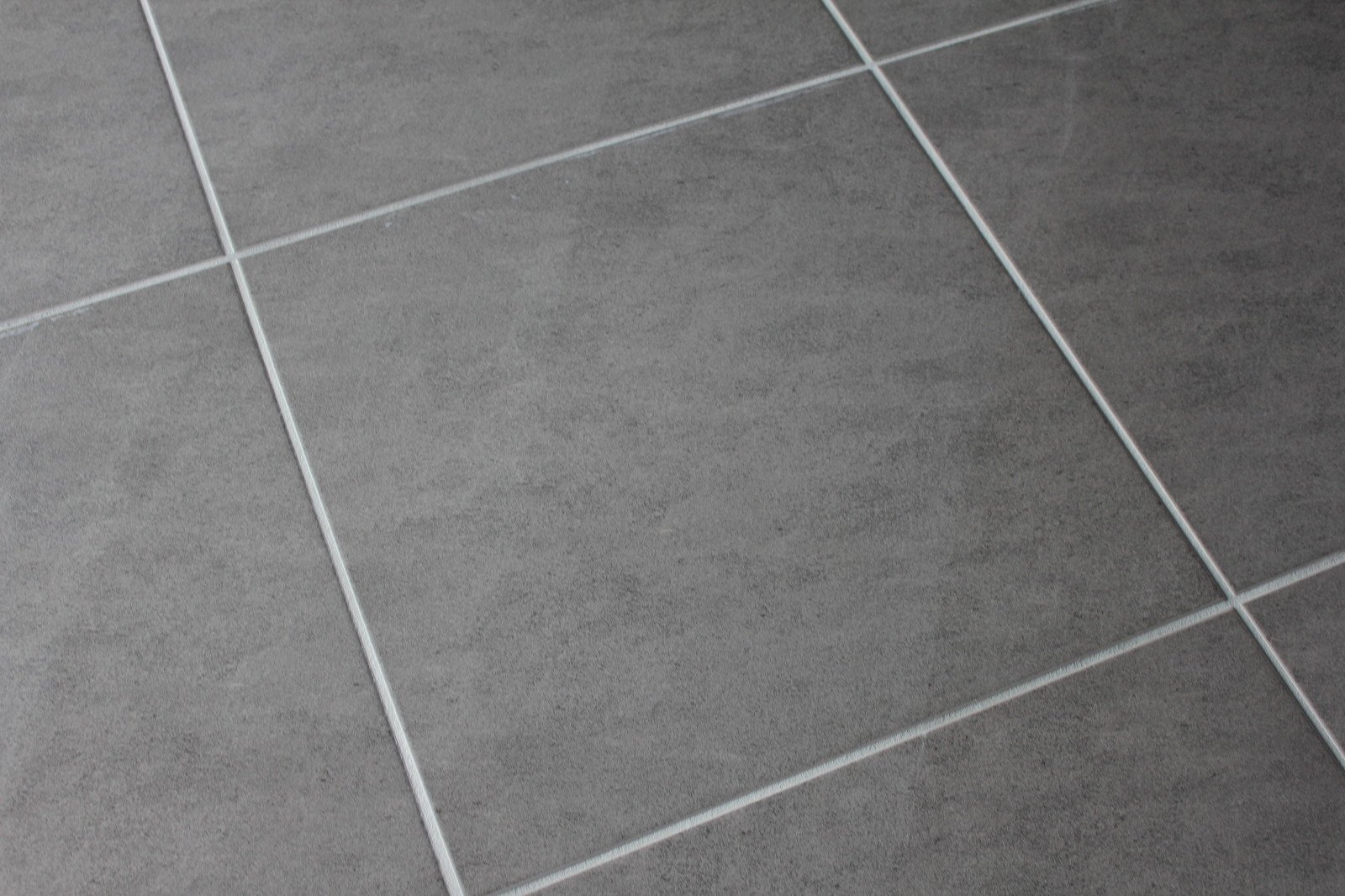 Lino imitation carrelage gris clair for Carrelage de saint samson