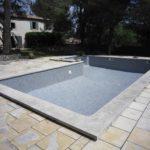Carrelage piscine gris
