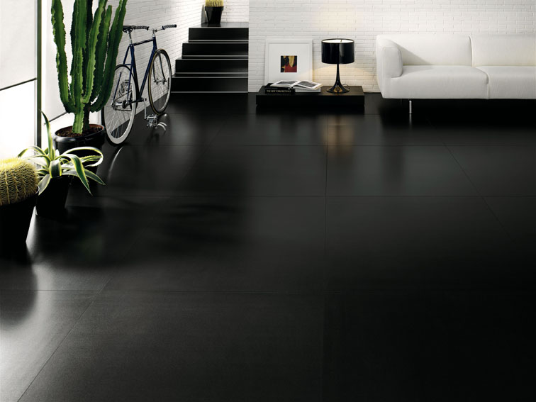 carrelage sol noir brillant