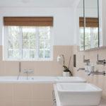 Peindre carrelage salle de bains